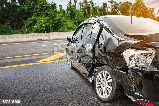 istock car crash accident on the road 850346406