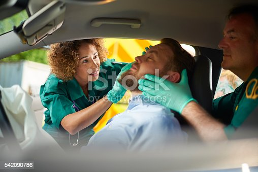 istock car crash medics 542090786