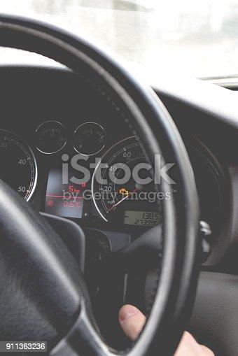 istock Car dashboard 911363236