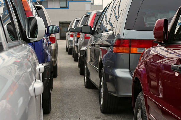 car dealership rear view - used car selling stock pictures, royalty-free photos & images