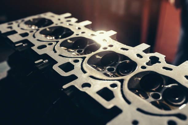 primer plano de motor de coche v10 - compresor motor fotografías e imágenes de stock