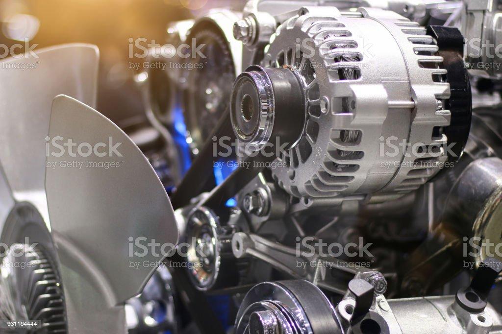 coche engine.close para arriba - foto de stock
