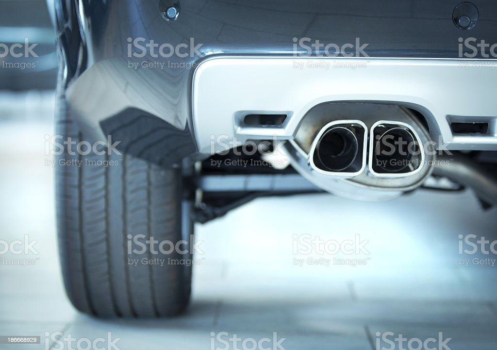 Auto Auspuff – Foto