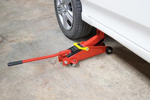 Car floor jack for car for repair check Maintenance of cars