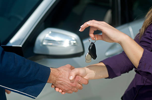 car key - used car selling stock pictures, royalty-free photos & images
