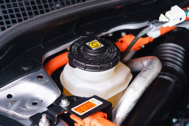 汽車維修, 檢查刹車和離合器液的水準 - 剎車制 個照片及圖片檔