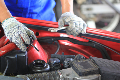 Araba Mekanik Muayene Araba Ya Da Otomatik Kontrol Yağda Tamir Servisi Stok Fotoğraflar & Araba - Motorlu Taşıt'nin Daha Fazla Resimleri
