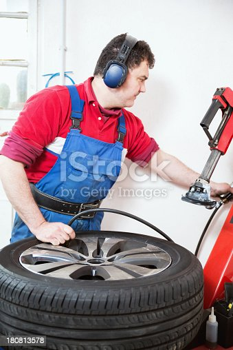 898487280 istock photo Car mechanic 180813578