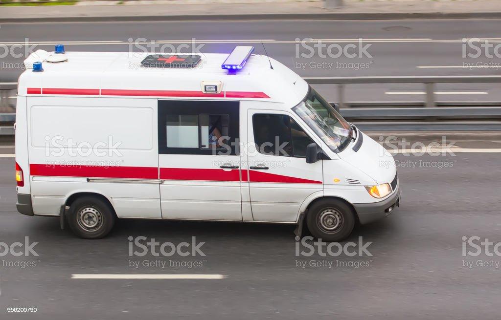 Auto ein ärztlicher Notdienst – Foto