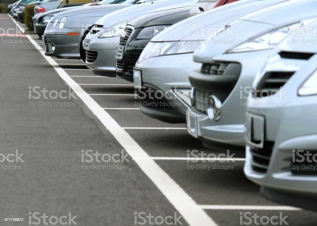 car park Parking at London airport on a busy day Bay of Water Stock Photo