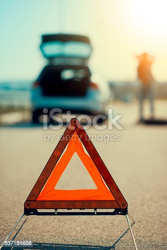 istock Car problems, red warning triangle! 537184656
