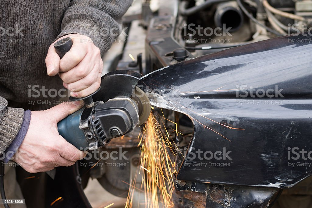 Auto reparatur nach Unfall – Foto