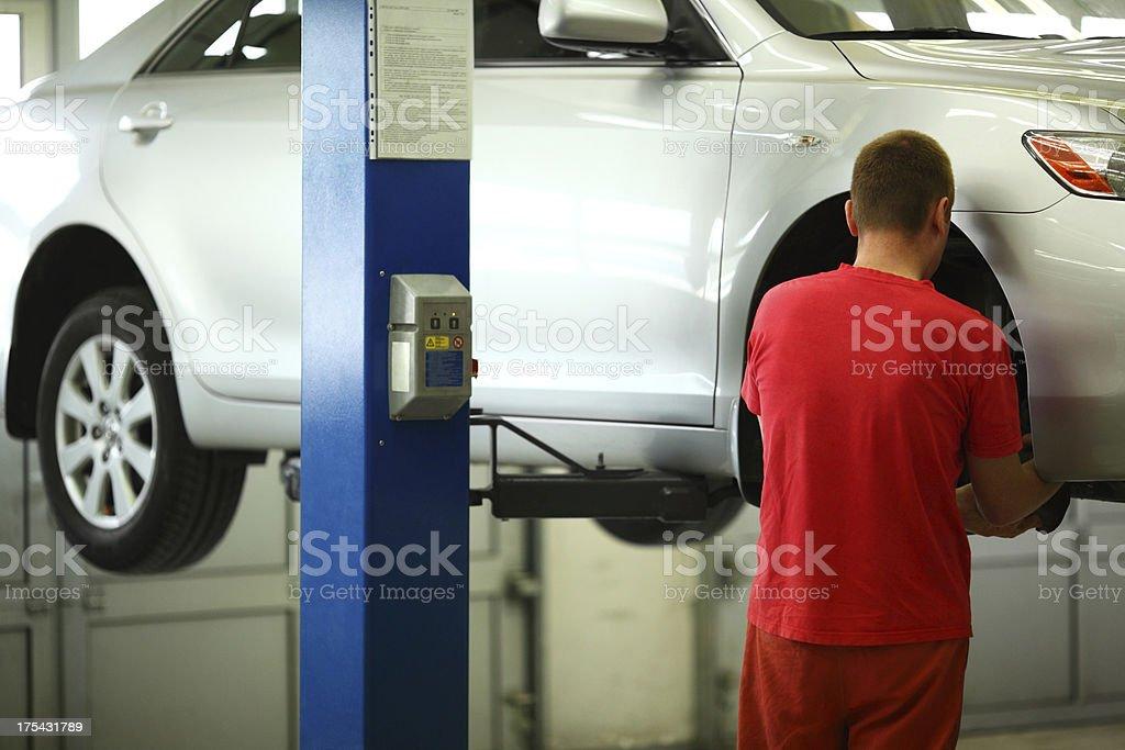 Auto repair shop. – Foto