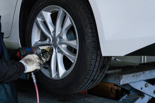 Atelier de réparation de voiture - Photo