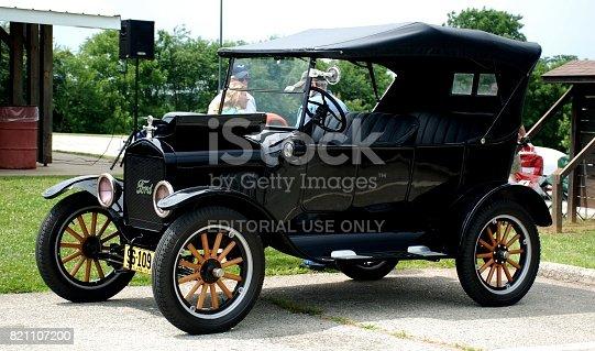 istock Car Show 821107200