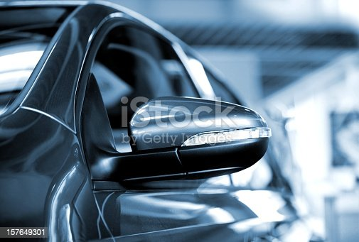 istock car side mirror 157649301