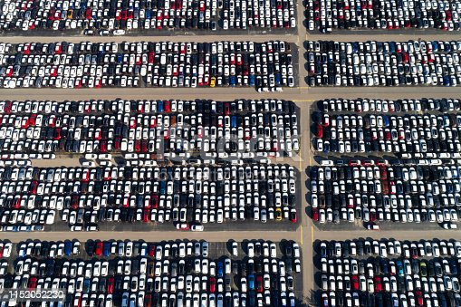 652712094 istock photo Car Storage from Above 1152052230