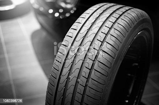 istock Car tire profile 1082398726