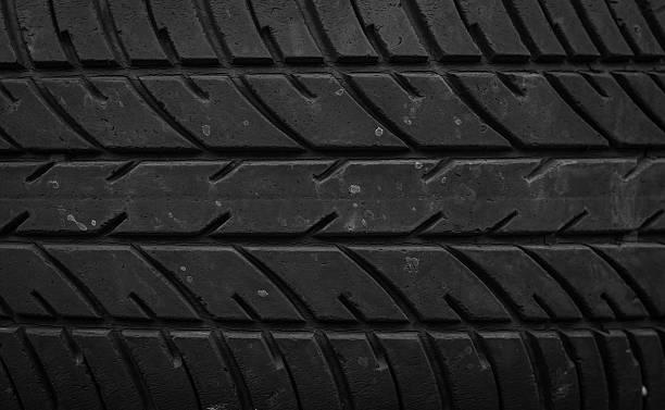 auto pneumatici - materiale gommoso foto e immagini stock