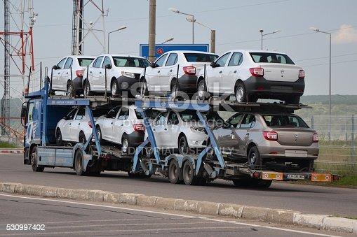 istock Car transporter lorry 530997402