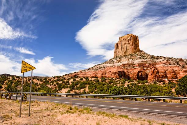 autorit in arizona - arizona highway signs stockfoto's en -beelden