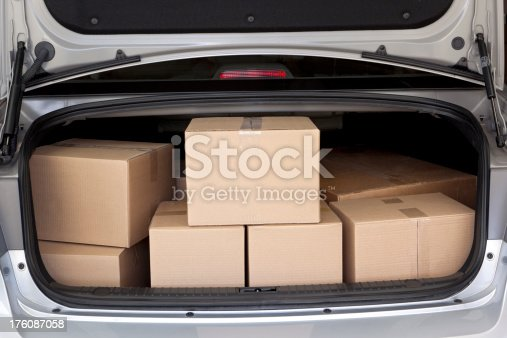 istock Car Trunk Full of Boxes 176087058