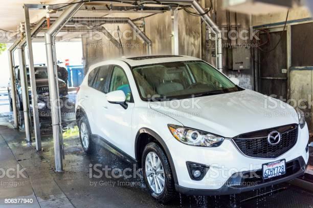 Car wash picture id806377940?b=1&k=6&m=806377940&s=612x612&h=t8enlmwnrni86qcpbulpkwzbe0wwbw 4 okwugubjrg=