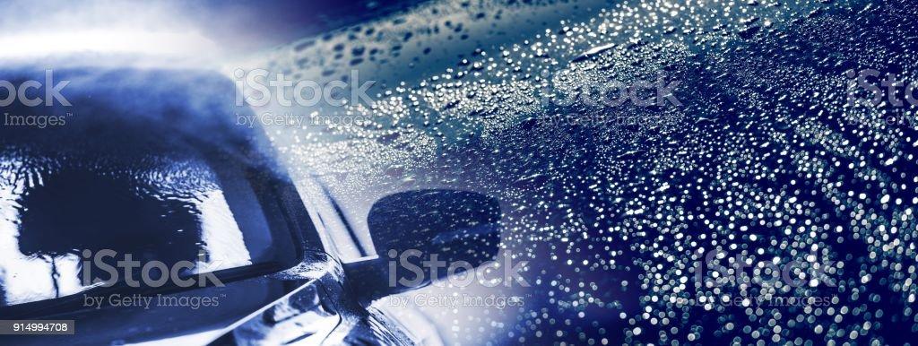 Auto lavado la bandera azul - foto de stock