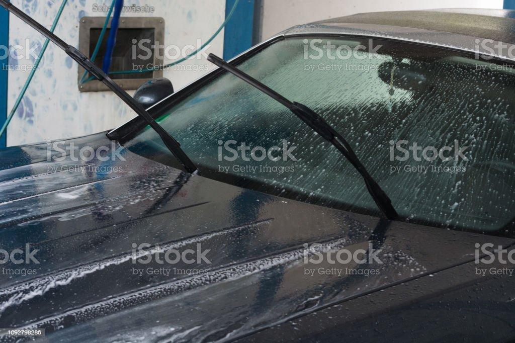 Lavagem com água de alta pressão limpeza do carro - foto de acervo