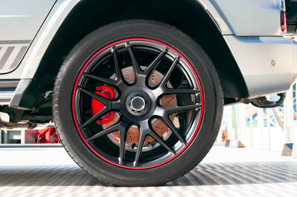 auto wielen - tyre stockfoto's en -beelden