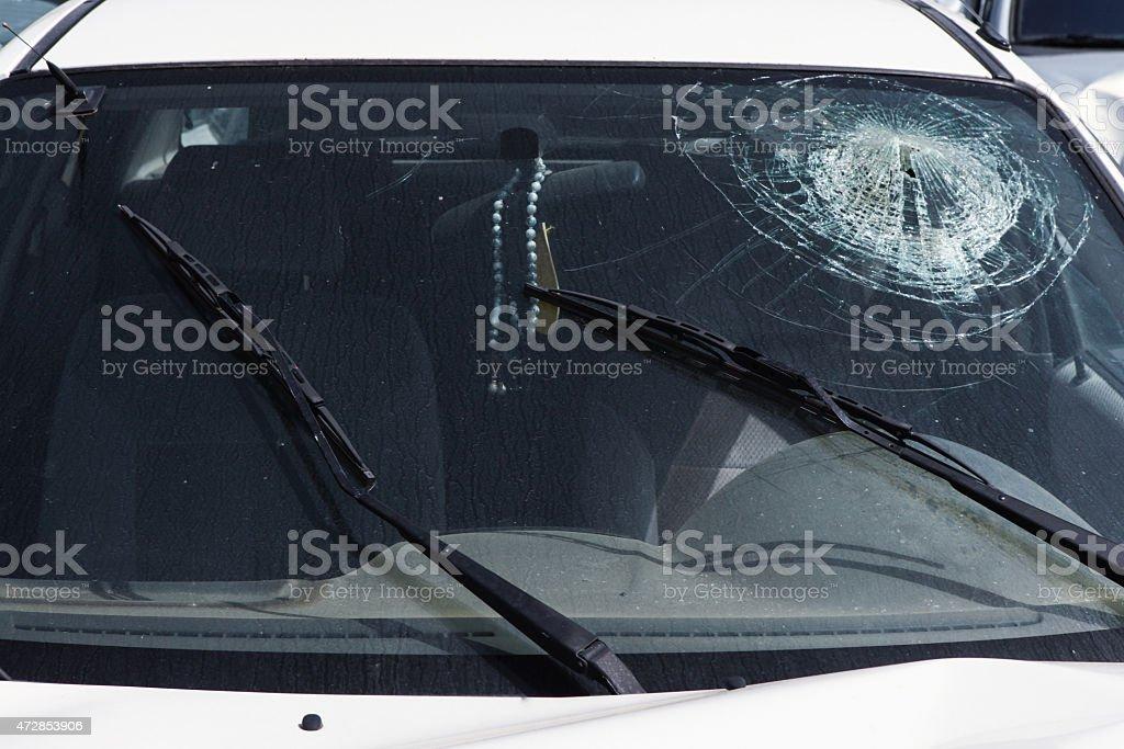Awaria samochodu-zgniecionych Przednia szyba – zdjęcie