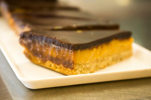 Karamel Segmenten Stockfoto en meer beelden van Amerikaanse biscuit