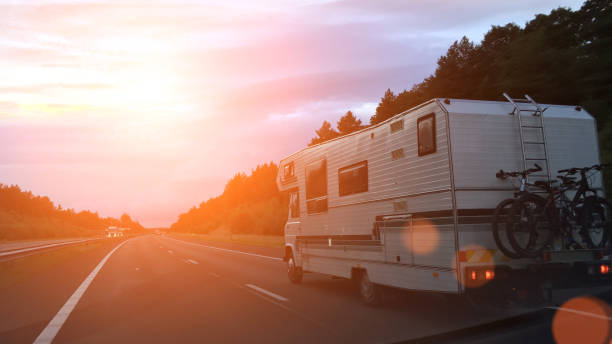 Caravan on the road Caravan on the road caravan photos stock pictures, royalty-free photos & images