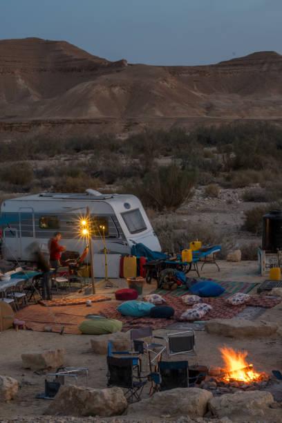 Mitzpe 的旅行車/RV 野營假期圖像檔