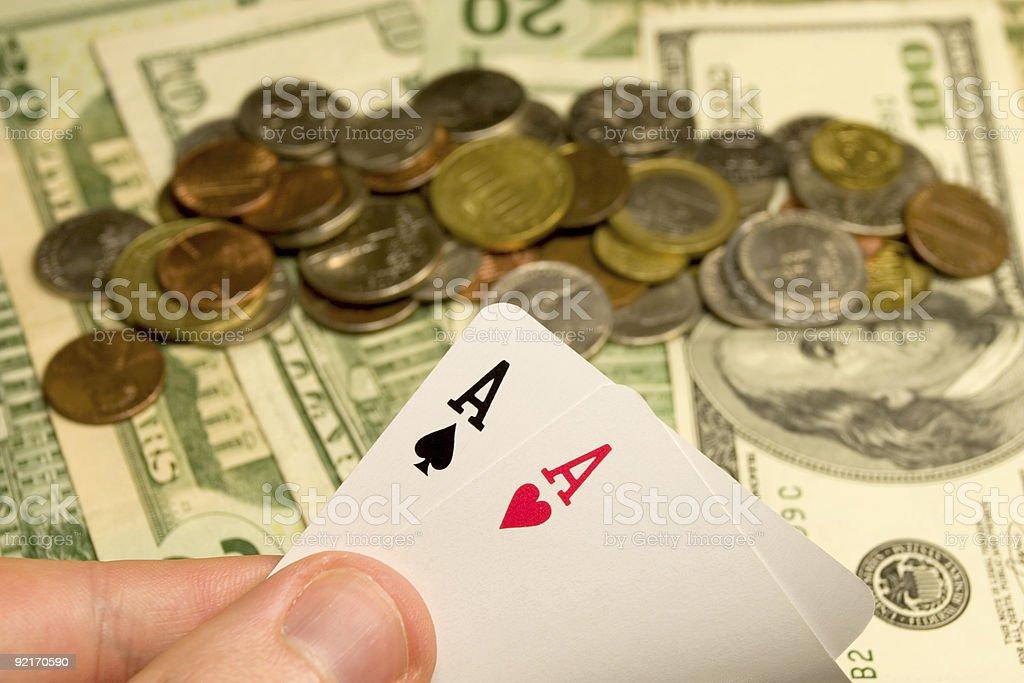 Бездепозитный бонус казино slotvoyager