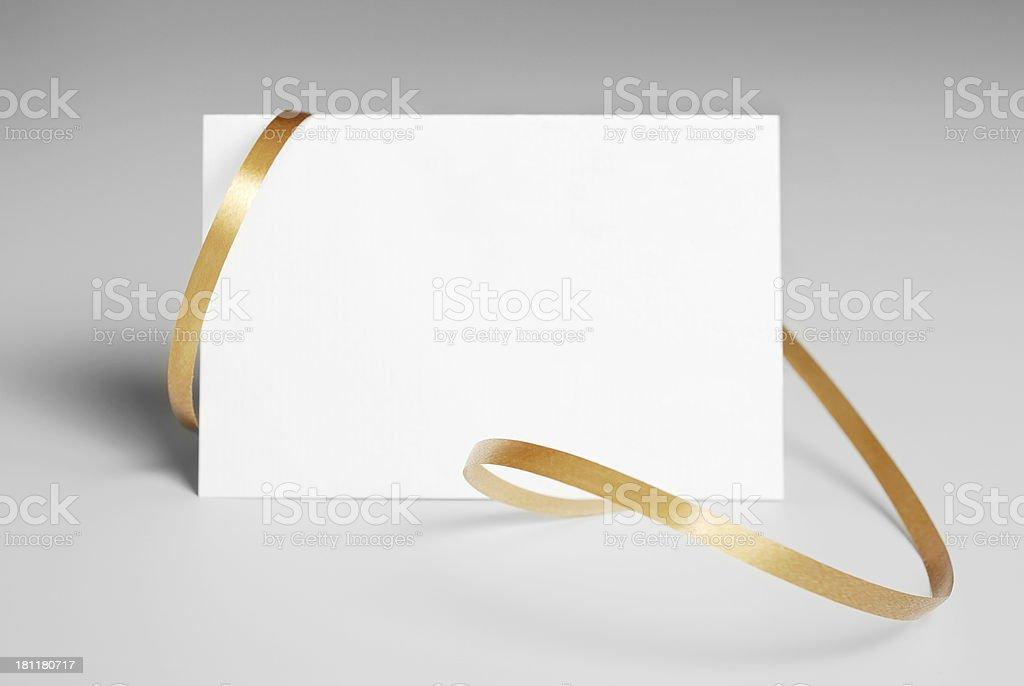 Carte avec ruban d'or - Photo