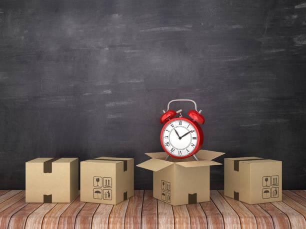 cajas de cartón con reloj en la habitación-fondo de pizarra-renderizado 3d - suministros escolares fotografías e imágenes de stock