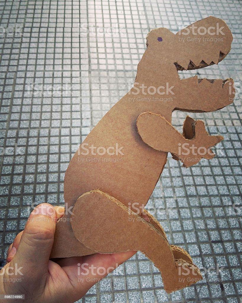 Cardboard dinosaur toy foto royalty-free