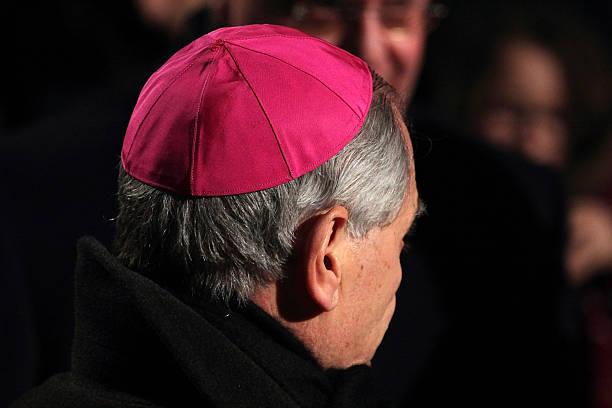 kardynał podczas droga krzyżowa, któremu przewodniczy papież franciszek - pope francis zdjęcia i obrazy z banku zdjęć