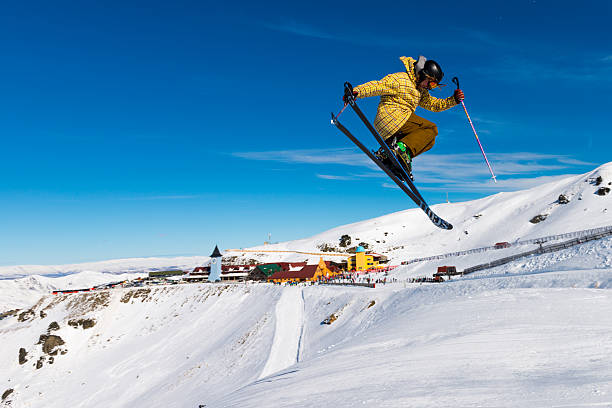 Cardrona Mountain Resort with freestyle skier – Foto
