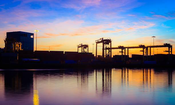 cargo-industrial - sinnvolle wörter stock-fotos und bilder