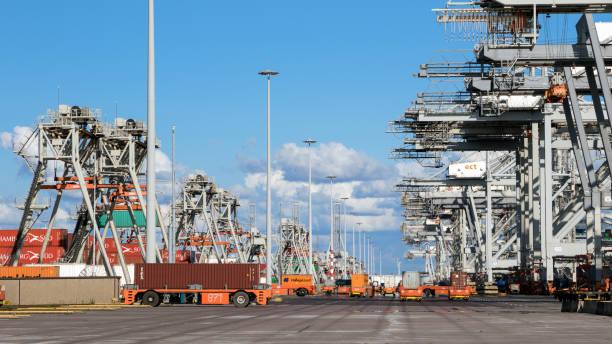 Cargo Shipping Container-Hafen – Foto