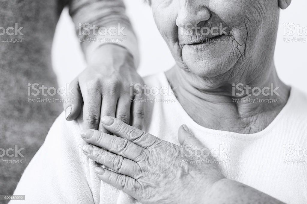 Fürsorgliche über Oma - Lizenzfrei Alt Stock-Foto