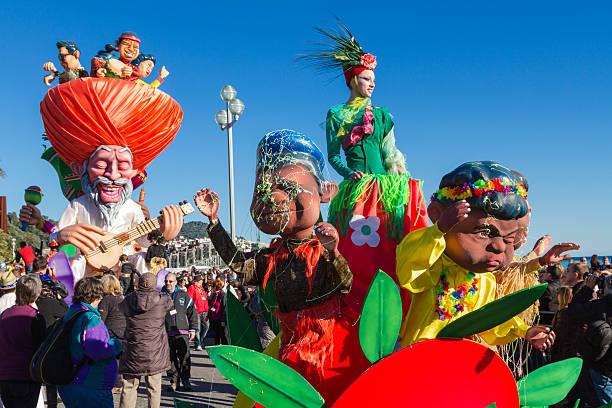 karneval in nizza, französische riviera - nizza sehenswürdigkeiten stock-fotos und bilder