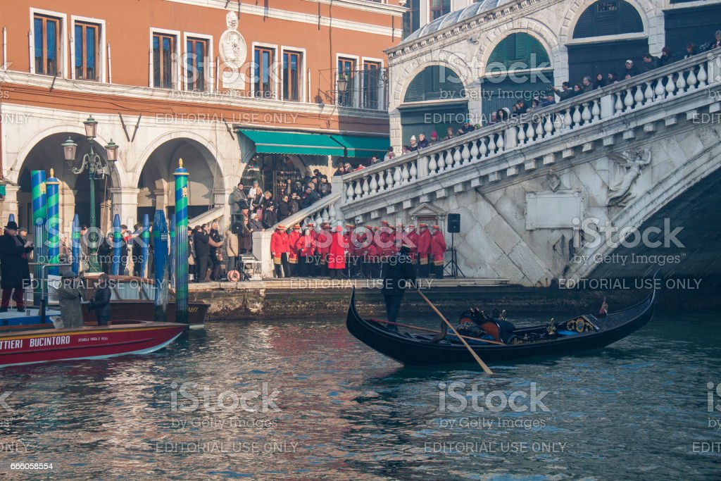Carnival procession on the Grand Canal стоковое фото
