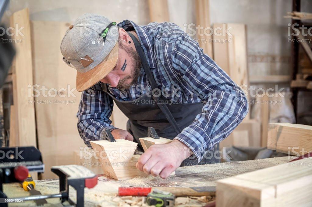 Timmerman werk met houten - Royalty-free Alleen volwassenen Stockfoto