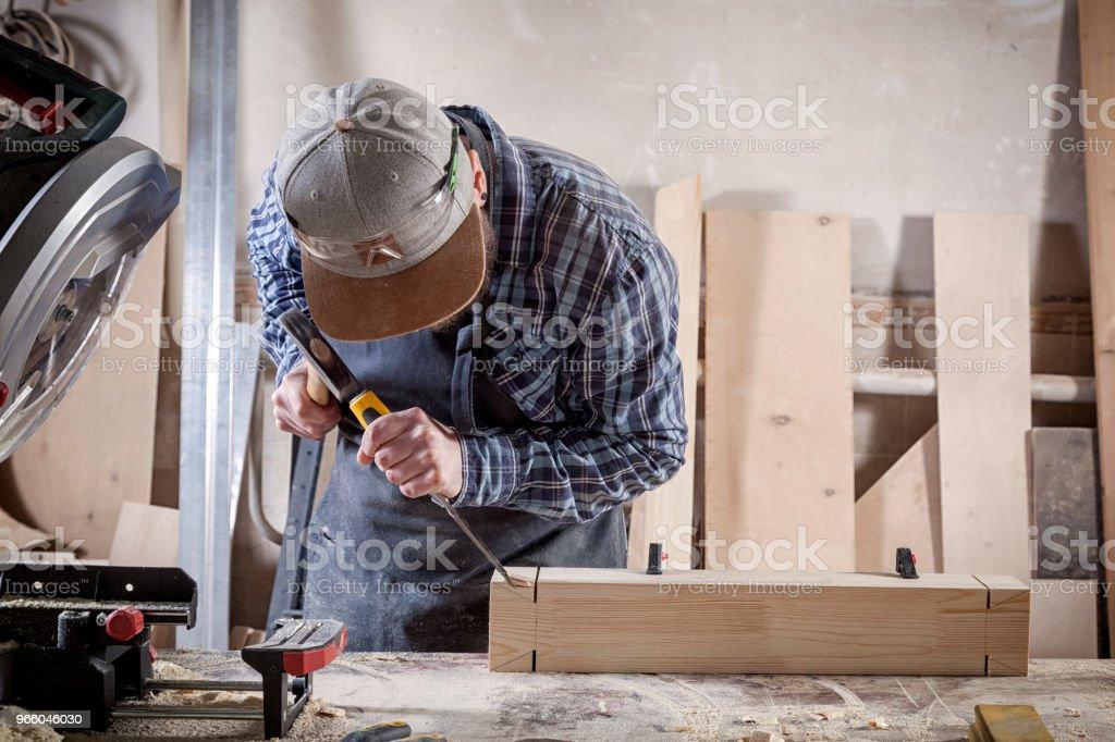 Tischler arbeiten mit Holz - Lizenzfrei Arbeiten Stock-Foto