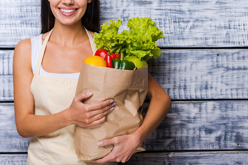 istock Carrying a healthy bag. 465370554