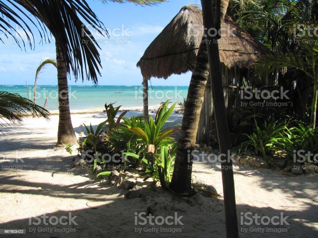 Casa en la playa stock photo