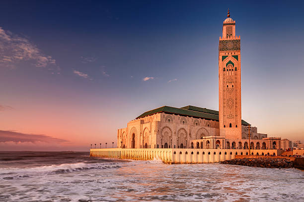 Casablanca mosque The Hassan II Mosque  largest mosque in Morocco. Shot  after sunset at blue hour in Casablanca. minaret stock pictures, royalty-free photos & images